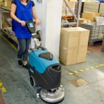 Compact... but large... capacity scrubber dryer